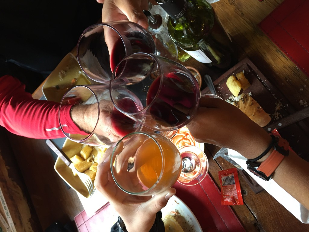 Cheers and laugh in ElChantel